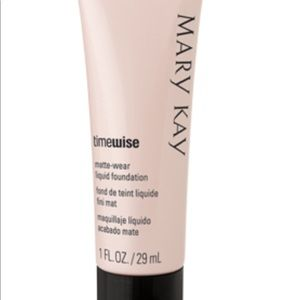 NEW Mary Kay 'time wise' liquid foundation beige 3